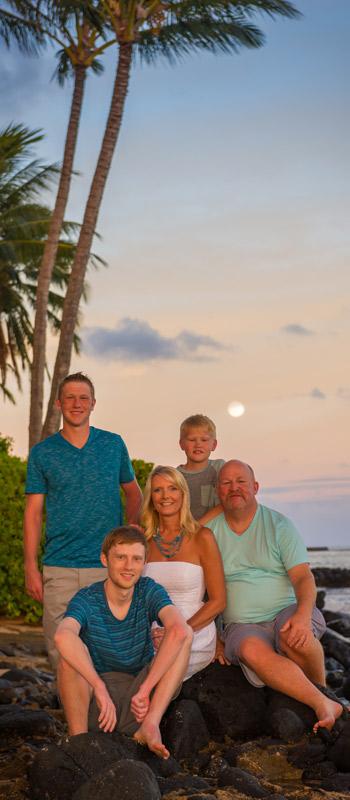 kauai photographer sunset moon