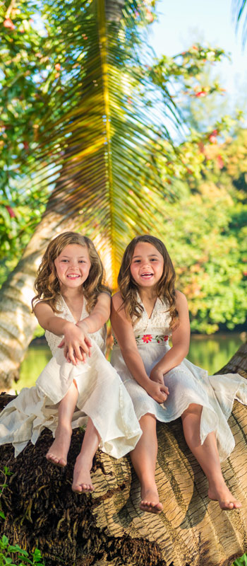 kauai family portraits kids fairies
